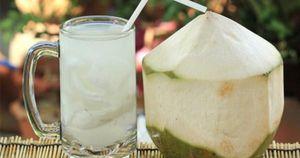 Uống nước dừa ngày nóng nhất định phải biết điều này để tránh gây hại sức khỏe