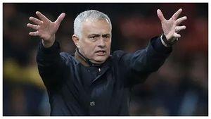 Giúp cổ phiếu AS Roma tăng mạnh, Mourinho vẫn bị 'chơi khăm'