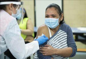Anh và Mỹ cho rằng cần triển khai tiêm vaccine ngừa COVID-19 toàn cầu