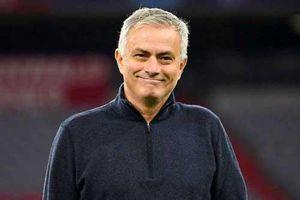 Mourinho nói gì khi dẫn dắt Roma & Tottenham được lợi gì?
