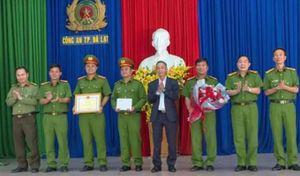 Khen thưởng Công an Đà Lạt trong vụ bắt nhóm đối tượng móc túi du khách