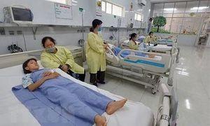 6 trẻ em trong 1 gia đình nghi ngộ độc nặng sau bữa ăn, 1 em tử vong