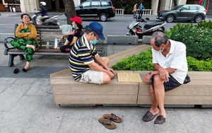 Bắt nét từng khoảnh khắc của nhịp sống Sài Gòn
