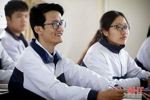 Hà Tĩnh có 10 học sinh được miễn thi tốt nghiệp THPT, xét tuyển thẳng đại học, cao đẳng năm 2021