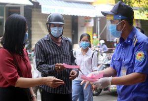Đà Nẵng phát thẻ cho dân đi chợ theo ngày chẵn, lẻ