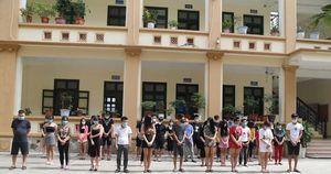 Bắc Ninh: Bắt quả tang hàng chục thanh niên 'bay lắc' trong quán Karaoke