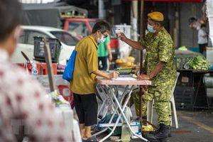 Malaysia ghi nhận số ca mắc COVID-19 cao kỷ lục trong ba tháng