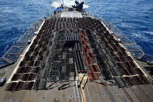 Hạm đội Mỹ thu giữ hàng nghìn súng trường Trung Quốc ở biển Arab