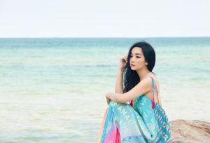 Hoa hậu Giáng My đẹp hững hờ 'ăn đứt' thiếu nữ đôi mươi