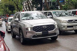 Tóm gọn Hyundai SantaFe 2021 mới lăn bánh tại Hà Nội