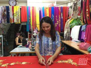 Tinh hoa nghề may áo dài truyền thống