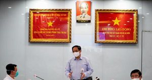 Thủ tướng Phạm Minh Chính: 'Không hi sinh sức khỏe nhân dân để phát triển kinh tế'