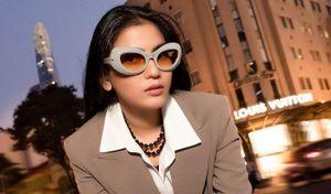 Trương Thị May khoe loạt kính hàng hiệu khi vào hè