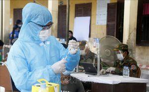 Trao tặng 500 triệu đồng hỗ trợ Campuchia ngăn chặn đại dịch Covid-19