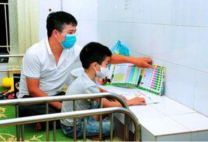 Triển khai dạy học suôn sẻ trong điều kiện phải cách ly tập trung