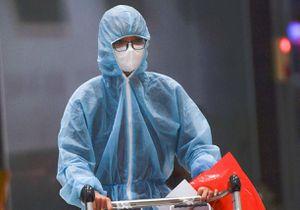 Một bác sĩ mắc Covid-19 được thở máy không xâm nhập