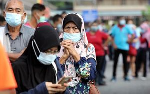 Dịch Covid-19: Cảnh báo 'biến thể siêu lây nhiễm' tại Malaysia, Ấn Độ đã qua đỉnh dịch