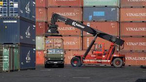 Lỗi hệ thống, hàng hóa xuất nhập khẩu chậm thông quan