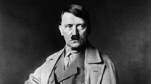 Tuổi thơ trùm phát xít Hitler qua lời kể của người bố
