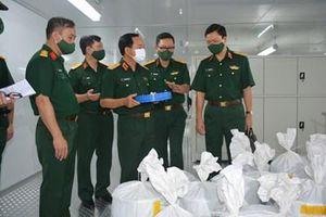 Trung tướng Trịnh Văn Quyết làm việc với Điện ảnh Quân đội nhân dân