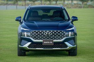 Hyundai Santa Fe 2021 và những xe gầm cao đáng chú ý vừa ra mắt thị trường Việt