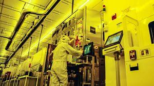 Nikkei: Chính quyền Việt Nam muốn giữ chuỗi cung ứng công nghệ ổn định