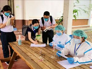 Các tỉnh của Lào vẫn duy trì nghiêm ngặt biện pháp phòng dịch COVID-19