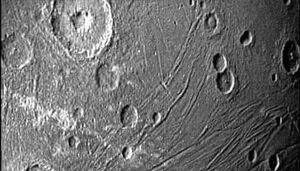 Lần đầu chụp được ảnh cận mặt trăng lớn nhất của Sao Mộc