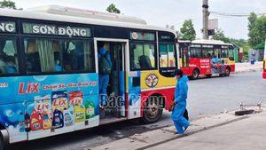 Bắc Giang: Hoàn thành di chuyển công nhân khỏi thôn Núi Hiểu