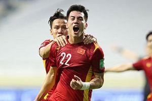ĐT Việt Nam vươn lên xếp hạng 90 FIFA
