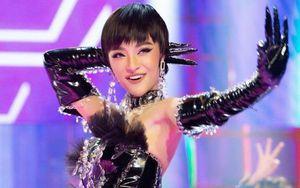 Á hậu Kiều Loan gây ấn tượng khi hát hit của Binz tại 'The Heroes''