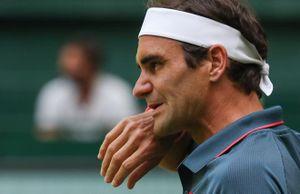 Halle Open: Federer đuối sức