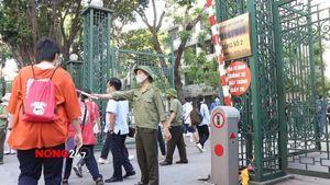 Ghi nhận kỳ thi vào lớp 10 tại trường THPT Chuyên Đại học Sư phạm Hà Nội