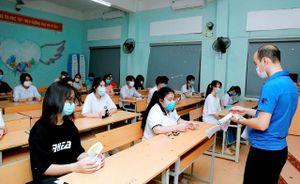 Đề thi Toán vào lớp 10 tại Vĩnh Phúc có tính phân hóa cao