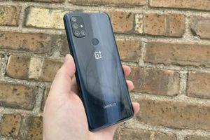 Smartphone 5G với RAM 6 GB, sạc 30W, 4 camera, giá 5,69 triệu tại Việt Nam