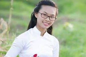 Nữ sinh thi lần 2 đạt điểm cao nhất khối C cụm thi Thanh Hóa
