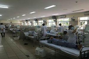 18 bệnh nhân chạy thận sốc phản vệ: 'Zoom' ca chạy thận ở BV Bạch Mai