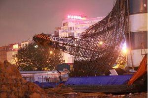 Kiểm tra xử lý sai phạm trong sử dụng cần cẩu trước mùa mưa bão ở Hà Nội
