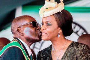 Tướng quân đội gọi ông Mugabe là 'kẻ thù của Zimbabwe'