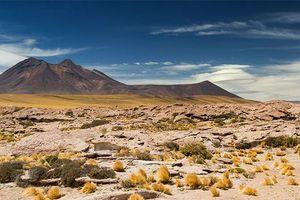 'Nghĩa địa thiên thạch' ở sa mạc chết chóc nhất thế giới