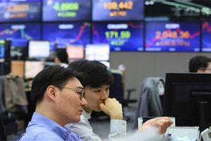 Cổ phiếu châu Á tăng nhờ Mỹ ngừng đánh thuế hàng Mexico