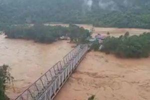 Hơn 4.000 người phải sơ tán do lũ lụt nghiêm trọng Sulawesi, Indonesia