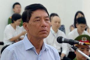 Cựu thứ trưởng Trần Việt Tân: 'Tôi tin cấp dưới nên ký không kiểm tra'