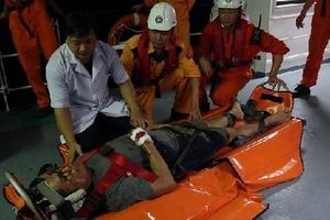 Cứu một thuyền viên nước ngoài bị tai nạn lao động trên vùng biển Đà Nẵng