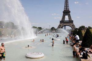 'Địa ngục đang tới' - châu Âu trong ngày đầu tiên của đợt nóng kỷ lục