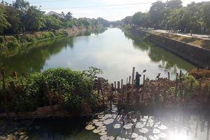 Xẻ khẩu thông nước sông Ngự Hà