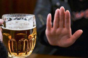 Chém 2 người thành tật chỉ vì ép uống cạn ly bia