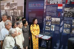 Trưng bày 'Nhật ký hòa bình': Gợi ký ức để hướng đến tương lai