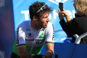 Xe đạp: Cavendish không được chọn tham gia Tour de France: 'Tim tôi tan nát'