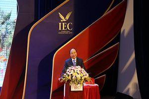 Thủ tướng Nguyễn Xuân Phúc: 'IEC Quảng Ngãi là mô hình giáo dục tiêu biểu'